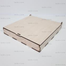 Коробка из фанеры 210*210*30мм