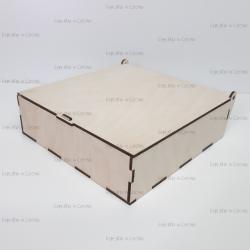 Коробка из фанеры 210*210*60мм